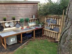 Mud kitchen (also known as an outdoor kitchen or mud pie kitchen) is one of the best resources in DIY projects for kids to play outside as kids playhouse. Kids Outdoor Play, Outdoor Play Spaces, Backyard Play, Outdoor Learning, Backyard For Kids, Outdoor Fun, Outdoor Centre, Outdoor Pallet, Backyard Games