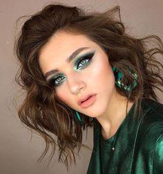 Best Winter Makeup Looks For Your Inspiration; Makeup Looks; Winter Makeup Looks; Smoking Eye Makeup Looks; Trendy Makeup Looks; Latest Makeup Looks; Glam Makeup, Fancy Makeup, Green Makeup, Gorgeous Makeup, Pretty Makeup, Eyeshadow Makeup, Hair Makeup, Eyebrow Makeup, Red Makeup Looks