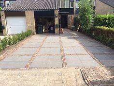 Sierbestrating. Aanleg oprit particulier project Fire Pit Patio, Garden Pool, Pavement, Walkway, Outdoor Living, Garden Design, Sidewalk, Villa, New Homes