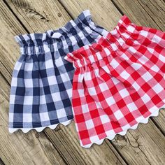 Baby clothes should be selected according to what? How to wash baby clothes? What should be considered when choosing baby clothes in shopping? Baby clothes should be selected according to … Toddler Skirt, Baby Skirt, Baby Dress, Kids Frocks, Frocks For Girls, Little Girl Dresses, Little Girl Fashion, Fashion Kids, Girls Skirt Patterns