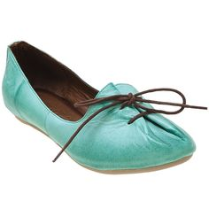 Don't know if these would look good on my feet, but if I were a lil' elf, they would be perfect.