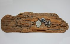 Armband met bedeltjes. Recycled with Love
