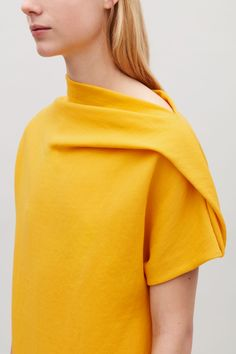 COS image 3 of Jersey dress with drape in Yellow Fashion 2020, Diy Fashion, Womens Fashion, Space Fashion, Trendy Fashion, Mode Chic, Mode Style, Minimal Fashion, Contemporary Fashion