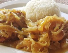 Poulet Yassa very tasty first tried this from my ivory coast friend abs i tried . - R Rose Nelson - African Food Spicy Recipes, Chicken Recipes, Cooking Recipes, Healthy Recipes, Healthy Food, Middle Eastern Chicken, Food Tags, Food Humor, Funny Food