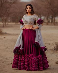 Latest Collection of Lehenga Choli Designs in the gallery. Lehenga Designs from India's Top Online Shopping Sites. Indian Wedding Outfits, Bridal Outfits, Indian Outfits, Bridal Dresses, Bridesmaid Dresses, Lehenga Choli Designs, Designer Bridal Lehenga, Indian Lehenga, Party Wear Lehenga
