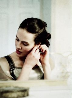 Jessica Brown Findlay as Lady Sybil in Downton Abbey <3