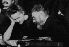 Curie and Poincare 1911 Solvay - Marie Curie Marie Curie, Good People, Amazing People, Andrew Wyeth, Albert Einstein, Famous People, Nature Photography, Cinema, Science
