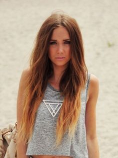 Blond Tips. Maybe I should dye my hair like this when it grows out