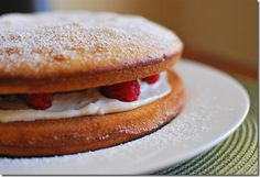 Slimming Eats Raspberry and Lemon Sponge - vegetarian, Slimming World and Weight Watchers friendly Slimming World Deserts, Slimming World Puddings, Low Syn Cakes, Low Fat Cake, Low Calorie Recipes, Healthy Dessert Recipes, Baking Recipes, Cake Recipes, Healthy Food