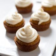 Looking for Fast & Easy Cake Recipes, Dessert Recipes! Recipechart has over free recipes for you to browse. Find more recipes like The Best Carrot Cake Cupcakes with Cream Cheese Frosting. Slow Cooker Desserts, No Bake Desserts, Just Desserts, Delicious Desserts, Fall Desserts, Carrot Cake Cupcakes, Best Carrot Cake, Yummy Cupcakes, Cupcake Cakes
