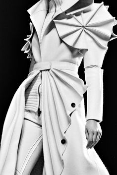 Sculptural Fashion - white coat with 3D spiral sleeves; creative fashion; wearable art // Viktor & Rolf Fall 2011