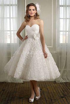 Sweetheart Wedding Dress With Flowers & Ribbon