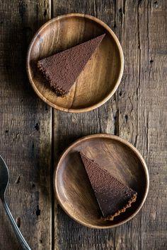 Chocolate Gingersnap Tart from @pastryaffair