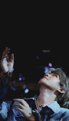 Fall for them Exo Wallpaper Hd, Baekhyun Wallpaper, Iphone Wallpaper, Chen, Exo Fan Art, Exo Lockscreen, Kpop Exo, Lightstick Exo, Park Chanyeol