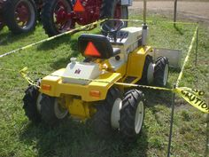 Steam Pageant, Alexander NY [many pics] Home Engineering, Landscaping Equipment, Cub Cadet, Old Tractors, Case Ih, Lawn And Garden, Pageant, Farming, Backyard