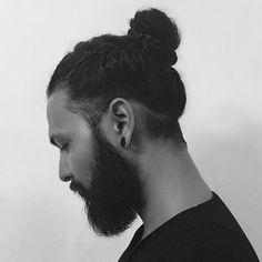 Man Bun Undercut, Man Bun Haircut, Man Bun Hairstyles, Undercut Long Hair, Hipster Hairstyles, Man Bun Curly Hair, Long Curly Hair Men, Men Hair, Man Bun Styles