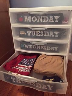 Kiddo Daily Clothes Organizer -  Printable Lables and directions