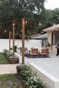 Backyard Makeover Reveal: Riverside Retreat Decoration Ideas Instead of Small Te . - Backyard Makeover Reveal: Riverside Retreat Decoration ideas instead of small terraces Honorable - Backyard Patio Designs, Landscaping Design, Backyard Seating, Diy Patio, Backyard Cafe, Backyard Porch Ideas, Simple Backyard Ideas, Small Backyard Landscaping, Pergola Patio