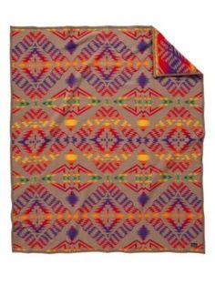 Pendleton Unisex Thunder And Earthquake Twin Blanket Khaki One Size Pendleton Throw, Southwestern Blankets, Native American Patterns, Home Decor Shops, Western Decor, Wool Blanket, Thunder, Quilts, Pillows