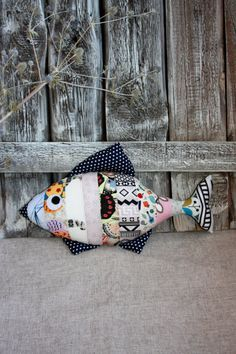 Decorative pillow fish multicolor by Teepeetoshka Sewing Toys, Sewing Crafts, Sewing Projects, Fish Patterns, Sewing Patterns, Diy Pillows, Decorative Pillows, Fabric Fish, Fish Pillow
