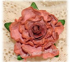 Camelot Rose flowers tut