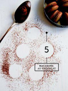 Macaron au chocolat / chocolate macaron Lime Cream, Macarons, Chocolate, Food, Essen, Macaroons, Chocolates, Meals, Brown