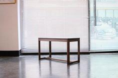 2017.03.27. 월 / 오후  월넛으로 만든 작은 벤치 입니다.  단순한 구조에 비교적 가벼운 편이라  어느 공간을 옮겨다녀도 부담 스럽지   않을거 같습니다.  ...  ..  .  #woodworking#woodwork #wood  #furnituredesign#furniture#design   #homeinterior#interior#bespoke  -  #원목가구#원목#가구#목공방  #수원#동탄#광교#홈스타그램  #디자인#의자#수원목공방#취미  #인테리어#집스타그램#목공수업  #거실인테리어#가구스타그램