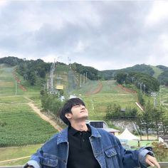 Image may contain: one or more people, sky, mountain, outdoor and nature K Pop, Kdrama, Ong Seung Woo, Korean Best Friends, Boy Images, Relationship Goals Pictures, Korean Couple, Korean Aesthetic, Cha Eun Woo