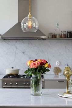 ebb-&-flow Dream Room, Lamp, Table, Home Decor, Kitchen Dining Room, Vase, Bubble Chandelier, Table Decorations, Glass Vase
