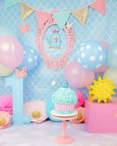 Smash Cake Girl, 1st Birthday Cake Smash, 2nd Birthday, Birthday Parties, Gold First Birthday Outfit, Birthday Photos, Party Planning, First Birthdays, Party Supplies