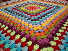 Granny Square Crochet - Full Crochet Granny Square Blanket to Use Up My Yarn Stash
