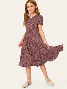 To find out about the Girls Ditsy Floral Half Button Flare Dress at SHEIN, part of our latest Girls Dresses ready to shop online today! Boho Midi Dress, Belted Dress, Flare Dress, Midi Dresses, Girls Fashion Clothes, Girl Fashion, Fashion Dresses, Girls Dresses Online, Little Girl Dresses