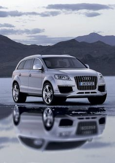 Audi Q7 TDI. Efficient, powerful, sporty. At home in the city or in the mountains. Great all-around SUV.