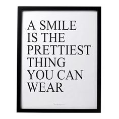 A smile is the prettiest thing art print - 45x57 cm - Bloomingville