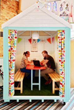 11 Creative Small Meeting Rooms Perfect For Small Offices   Turnstone