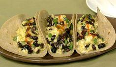 Black Bean and Egg Tacos (Mario Batali - The Chew) Breakfast Tacos, Savory Breakfast, Breakfast Time, Breakfast Recipes, Breakfast Ideas, Dinner Recipes, Breakfast Sandwiches, Brunch Ideas, Dinner Ideas
