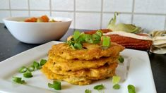 Tekvicové placky Guacamole, Cauliflower, Mexican, Vegetables, Ethnic Recipes, Food, Basket, Cauliflowers, Essen