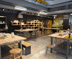 Tinkering lab Chicago Scenic Studios, Inc. - Chicago Children's Museum