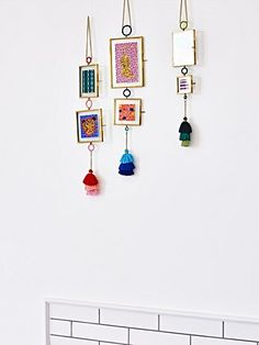 Personalise your space with unique photo frames from Oliver Bonas. Choose from a large range of hanging, standing, multi frames and more at Oliver Bonas. New Home Gifts, Gifts For Mum, Green And Gold, Blue Gold, Rose Gold Bedroom Accessories, Unique Photo Frames, Mum Birthday Gift, Frame Stand, Multi Photo