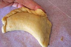 Cocinando entre Olivos: Empanadillas o Borekas de berenjenas. Receta paso a paso. Pie, Desserts, Food, Gourmet, Vegan Pot Pies, Spice, Olive Tree, Vegan, Step By Step