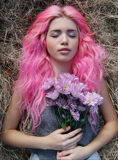 pink hair and purple flowers... love it