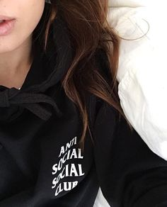 ANTI SOCIAL SOCIAL CLUB | @kztrina