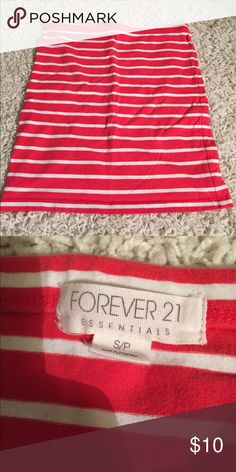 MAKE AN OFFER! 😊 Coral & white striped bodycon skirt from forever 21. Perfect for going out in the summer. Bundle to save :) offers accepted!! Forever 21 Skirts Mini