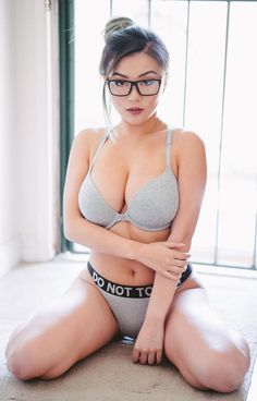 Hot thicc asian tits