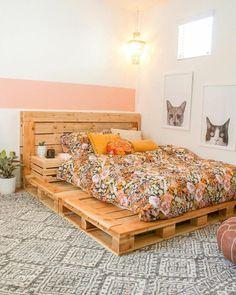 Palettenbett Pallet bed boho bedroom Is it OK to put my Kid on a Diet? Room Ideas Bedroom, Bedroom Decor, Bedroom Bed, Bedroom Designs, Bedrooms, Pallet Bedroom Furniture, Master Bedroom, Modern Bedroom, Cute Bedroom Ideas For Teens