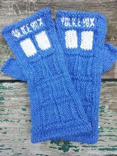 Ravelry: TARDIS Fingerless Gloves pattern by honest puck. Dammit this is knitting >_ Fingerless Gloves Knitted, Crochet Gloves, Mitten Gloves, Knit Crochet, Crochet Buttons, Crochet Granny, Knitted Hats, Knitting Projects, Shawl