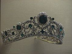 France Crown Jewels- I always wondered why the Ronaldo bracelet Eclipse was onyx...and now I do know!