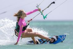 Aruba kitesurfing photography of kiteboarding and kitesurfers by Tony Filson Photography Agnes Verduijn