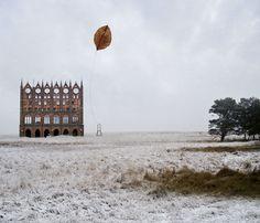 Arquitetura e cenário inspiram as surreais obras de Matthias Jung