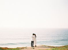 Laidback California Engagement Session | Real Weddings | Oncewed.com